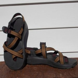Chaco Sandals Size 8 VERY NICE